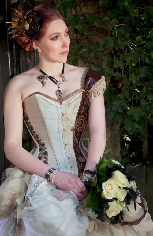 Source: http://www.etsy.com/listing/95267137/made-to-order-steampunk-inspired-wedding